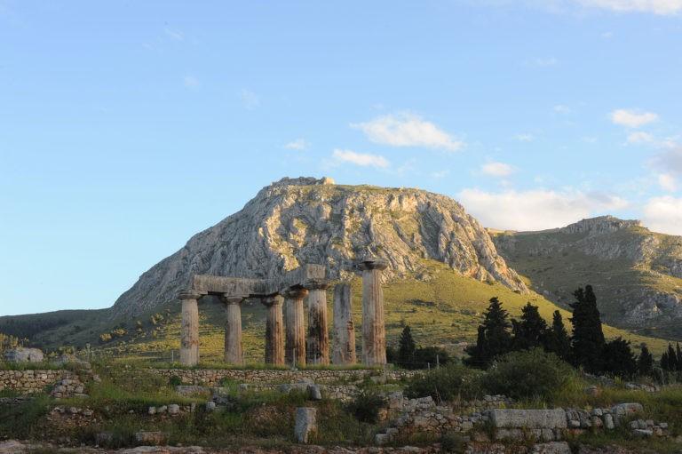 Ancient Corinth and Acrocorinth tour