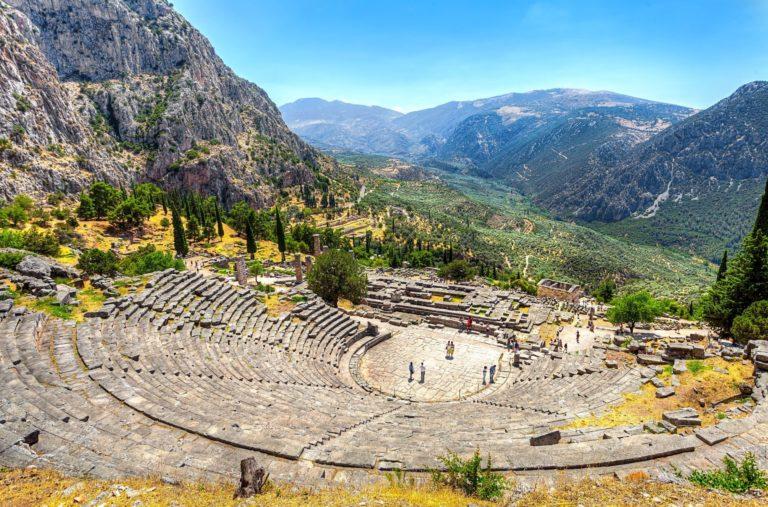Athens full day tour to Delphi