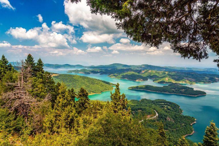 Lake Plastiras in Greece on a private day tour