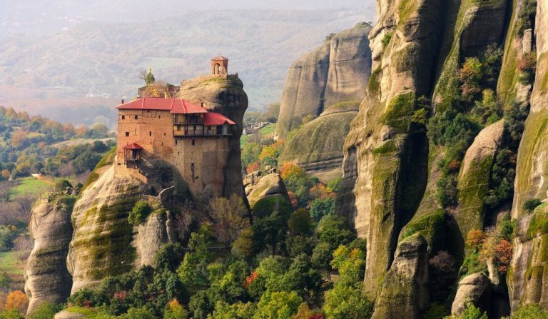 Meteora tour from Athens